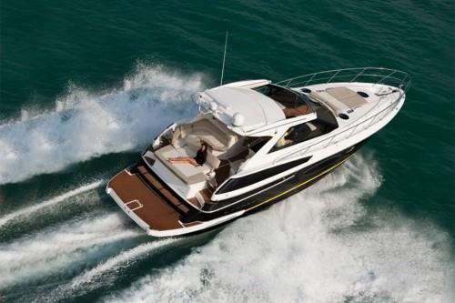 46' Regal Boat Arial Veiw