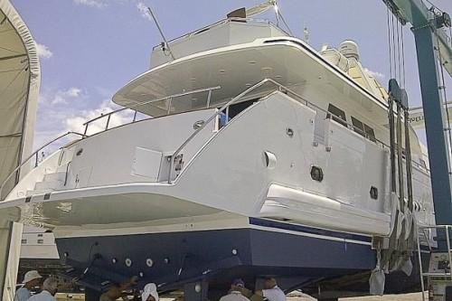 95' Elegance Yacht Stern