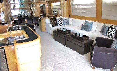 95' Elegance Yacht Saloon