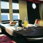 68' Azimut Dining Area