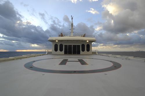 220' Allure Mega Yacht Heli-Pad