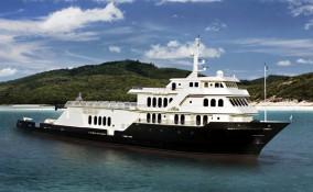 220' Allure Mega Yacht Main Profile
