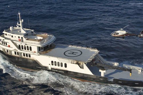 220' Allure Mega Yacht at Sea