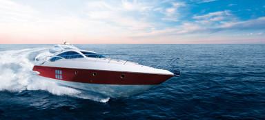 68 Azimut Yacht at Sea