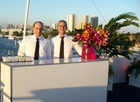 BL Party Yacht Bar Staff