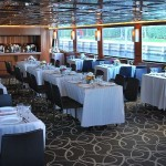 111 Sun Party Boat Mid Dining Table Set Up4