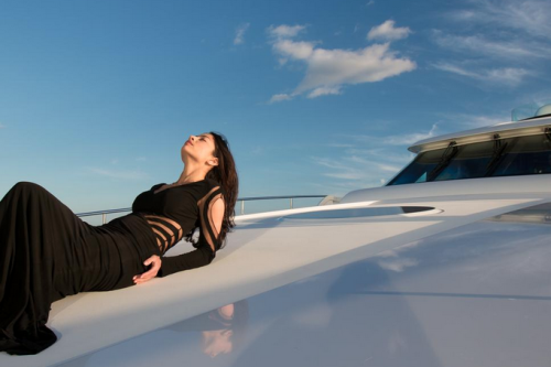 154' Delta Yacht Bow Chillaxing