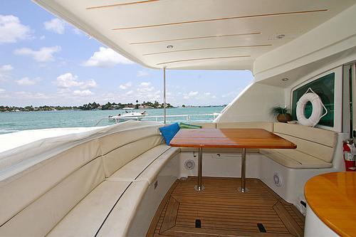 43' Rendevous Boat Aft Deck