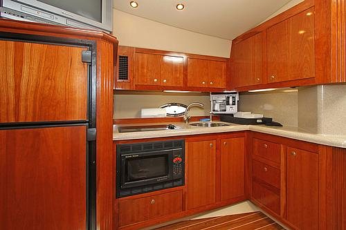46' Cruisers Boat Galley