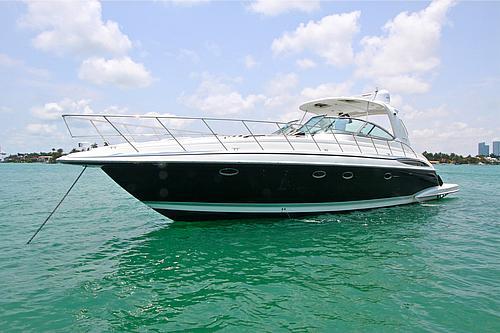 48' Formula Boat Exterior