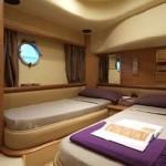 62' Azimut Yacht Guest Room