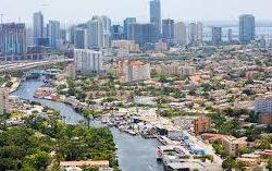Miami River & Brickel Yacht Cruise