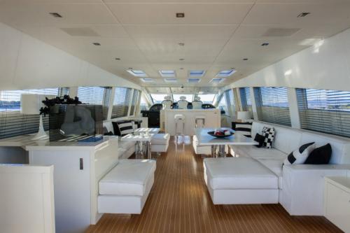 106 Leopard Yacht Charter Salon Seating