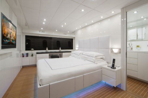 106 Leopard Yacht Charter Master Stateroom Starbord