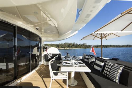 106 Leopard Yacht Charter Stern