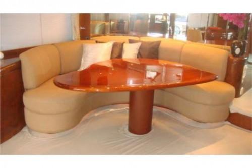 76 Horizon Miami Yacht Charter Dinning