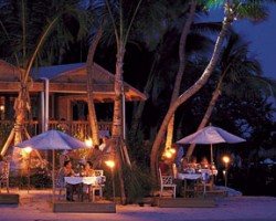 Dining @ Little Palm Island