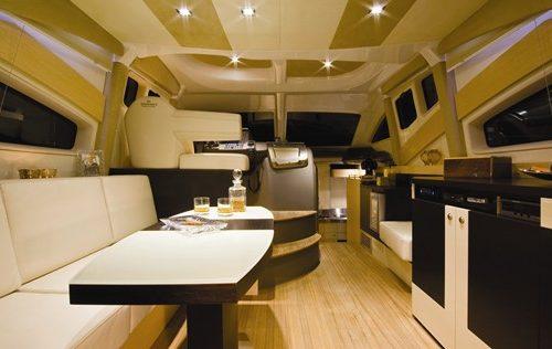 43' Cranchi Boat Saloon