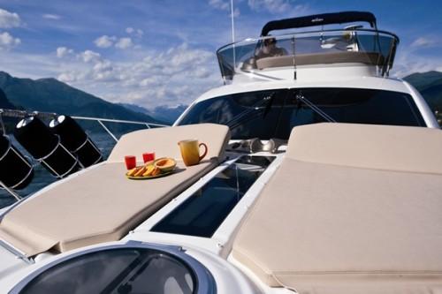 43' Cranchi Boat Sun tanning