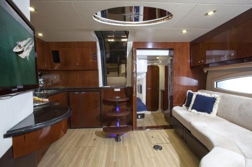 46' Regal Boat Saloon