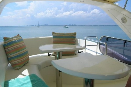 50' Azimut Yacht Flybridge aft deck seating