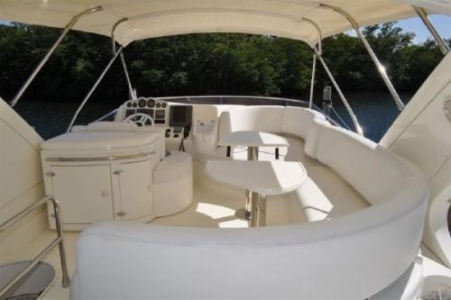 50' Azimut Yacht Flybridge