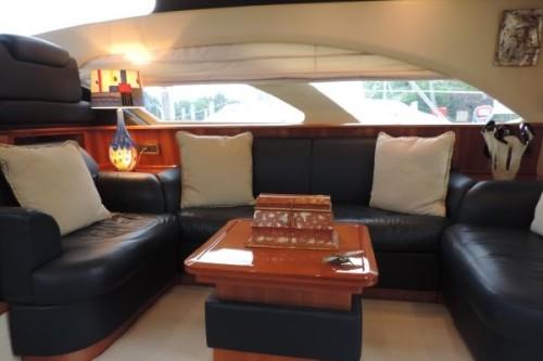 50' Azimut Yacht Saloon