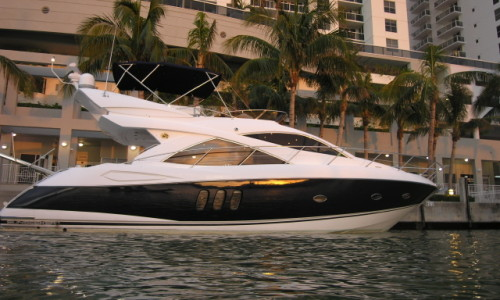 52' Sunseeker Miami River Cruise