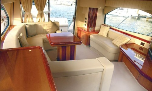 52' Sunseeker Salon