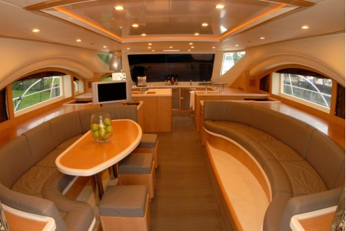 65' Luxury Catamaran Yacht Saloon