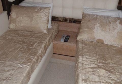 70' Azimut Yacht Guest