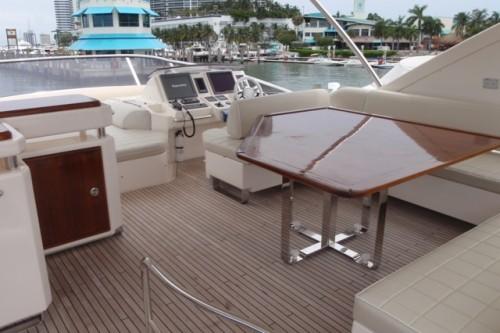 70' Azimut Yacht Flybridge