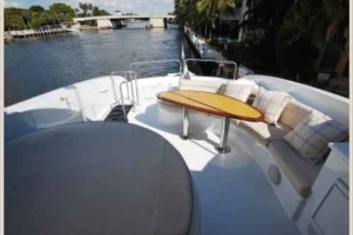 84' Lazzara Yacht Flybridge Eating and Tanning Area