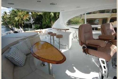 84' Lazzara Yacht Flybridge2