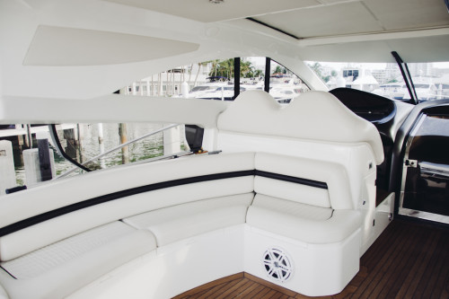 70' Sunseeker Predator Yacht Seating