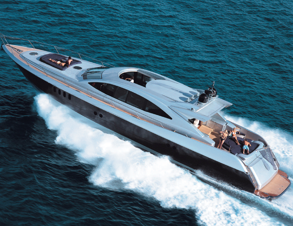 87' Warren Yacht Full Speed in Atlantic Ocean