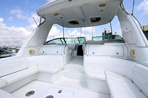 48' Formula Boat Seating