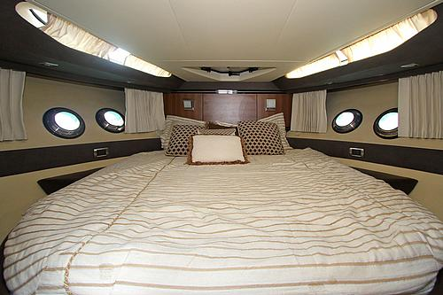 43' Marquis Boat Master Cabin