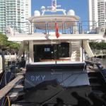 84' Azimut Yacht Stern
