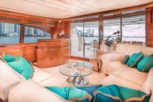 94 Ferretti Miami Yacht Charter Salon