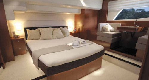 55 Prestige Yacht Charter Master Stateroom