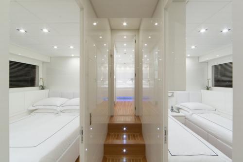 106 Leopard Yacht Charter Hallway
