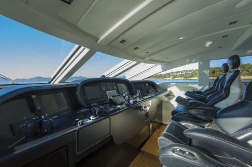 106 Leopard Yacht Charter Helm