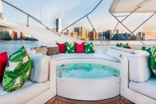 94 Ferretti Miami Yacht Charter Hot Tub