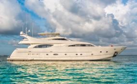 94 Ferretti Miami Yacht Charter Exterior