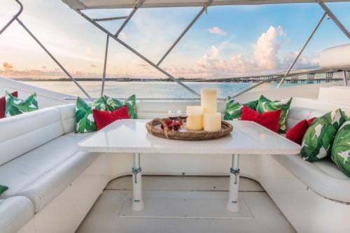94 Ferretti Miami Yacht Charter Flybridge Seating