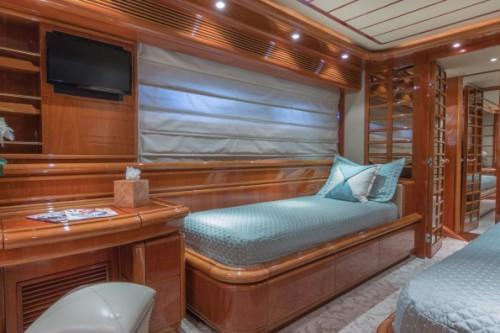 94 Ferretti Miami Yacht Charter Guest Room 3