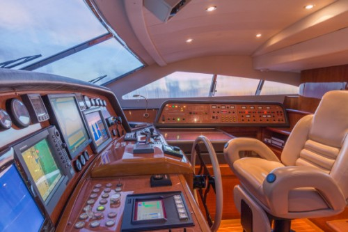 94 Ferretti Miami Yacht Charter Helm