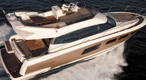 Arial 55 Prestige Yacht Charter Miami